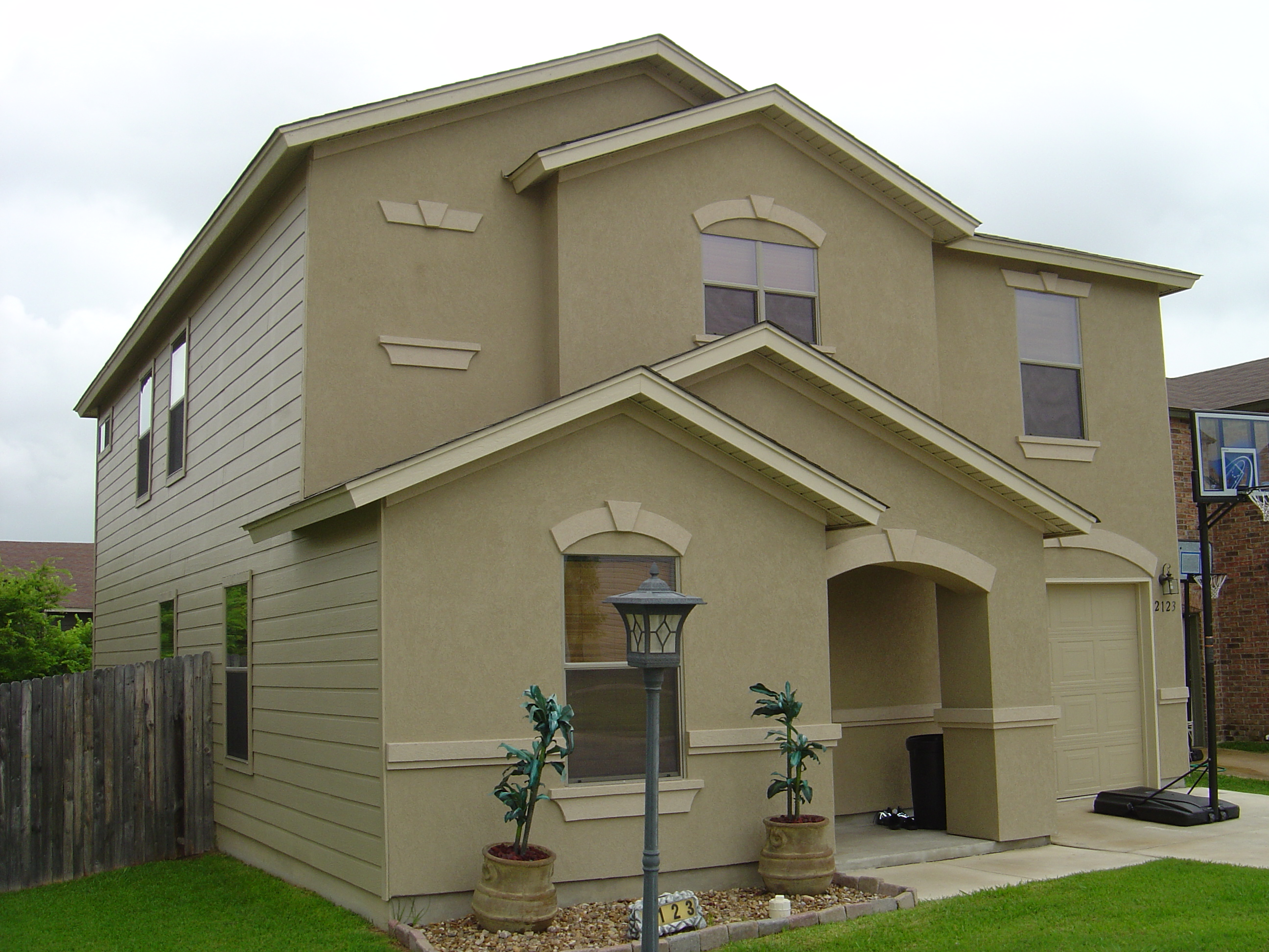 New homes for sale san antonio helotes real estate fair for Stucco and brick homes